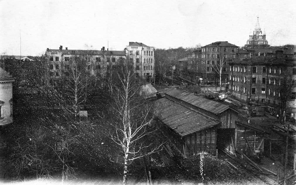 Площадь им.Пастухова, Узкоколейка. 1930-е годы. Фото из коллекции Д.Тетерина. Ижевск.