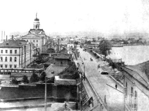 Плотина Ижевского пруда. Башня оружейного завода.